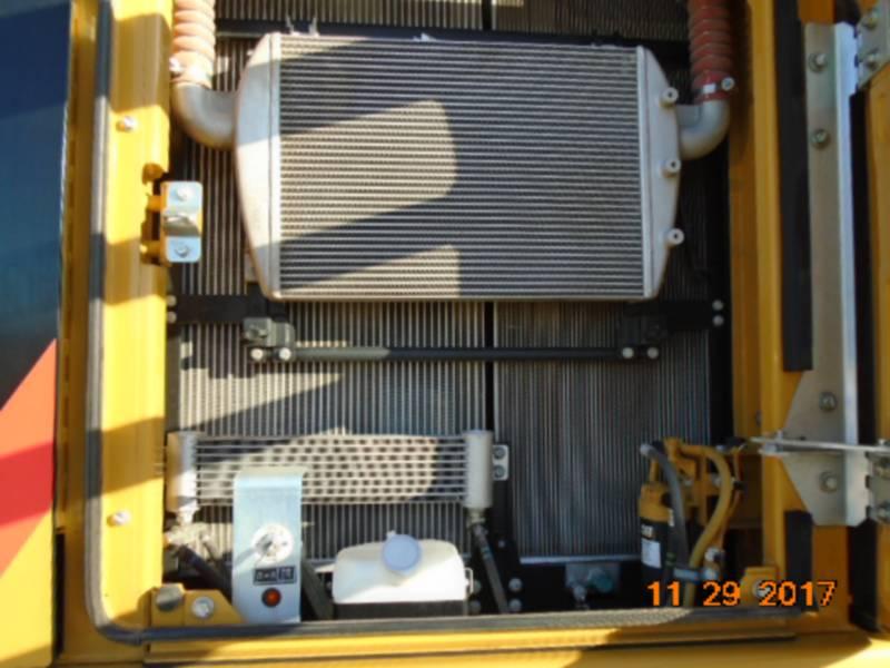 CATERPILLAR TRACK EXCAVATORS 330FL equipment  photo 10