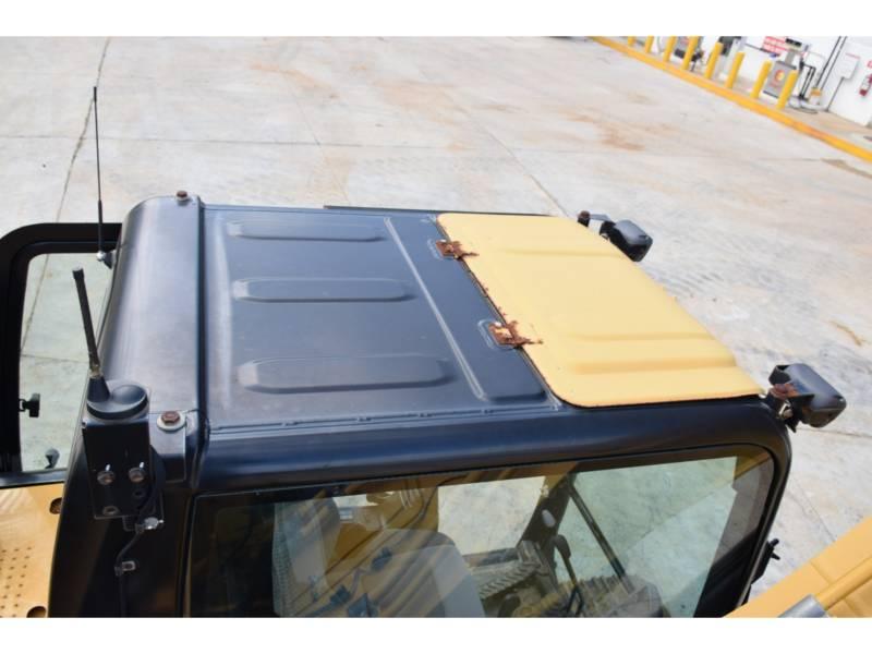 CATERPILLAR TRACK EXCAVATORS 323D2 equipment  photo 14