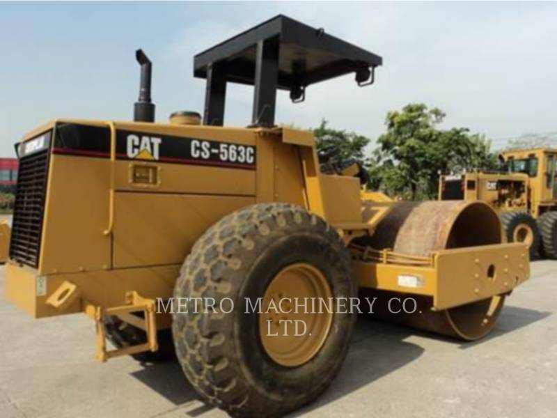 CATERPILLAR COMPATTATORE A SINGOLO TAMBURO VIBRANTE LISCIO CS-563CAW equipment  photo 5