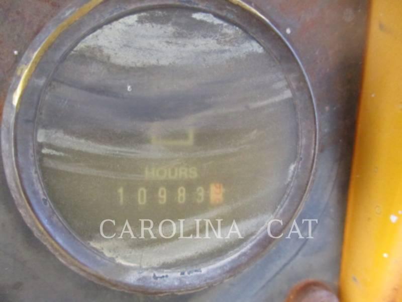 JOHN DEERE TRACK TYPE TRACTORS 550G equipment  photo 21