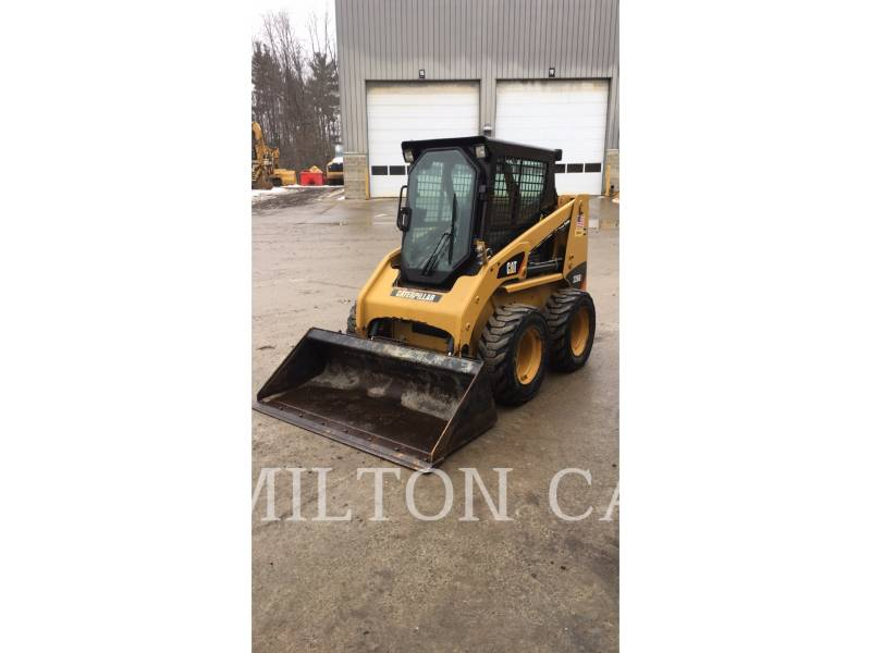 CATERPILLAR CHARGEURS COMPACTS RIGIDES 226B 3 equipment  photo 1