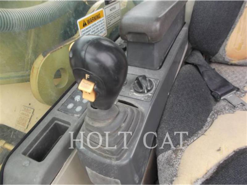CATERPILLAR TRACK EXCAVATORS 325CL equipment  photo 21