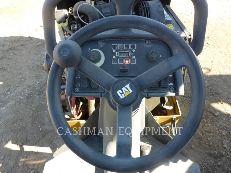 CATERPILLAR DISTRIBUIDORES DE ASFALTO CB14B equipment  photo 8