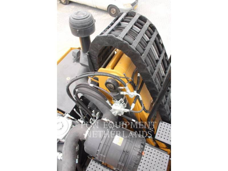 CATERPILLAR WHEEL EXCAVATORS MH3022 equipment  photo 15