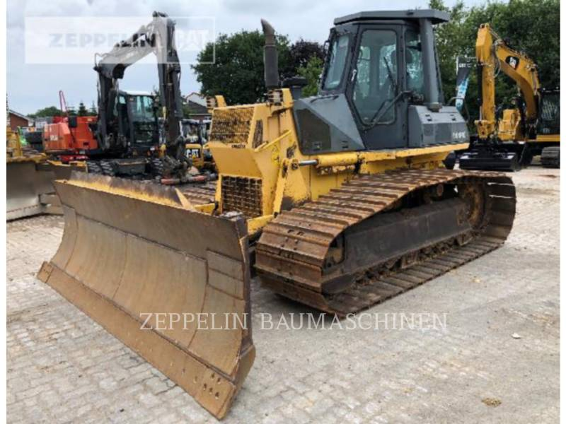 KOMATSU LTD. TRACTORES DE CADENAS D61PX-12 equipment  photo 1