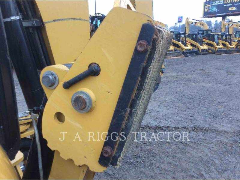 CATERPILLAR CHARGEUSES-PELLETEUSES 420F 4E equipment  photo 21