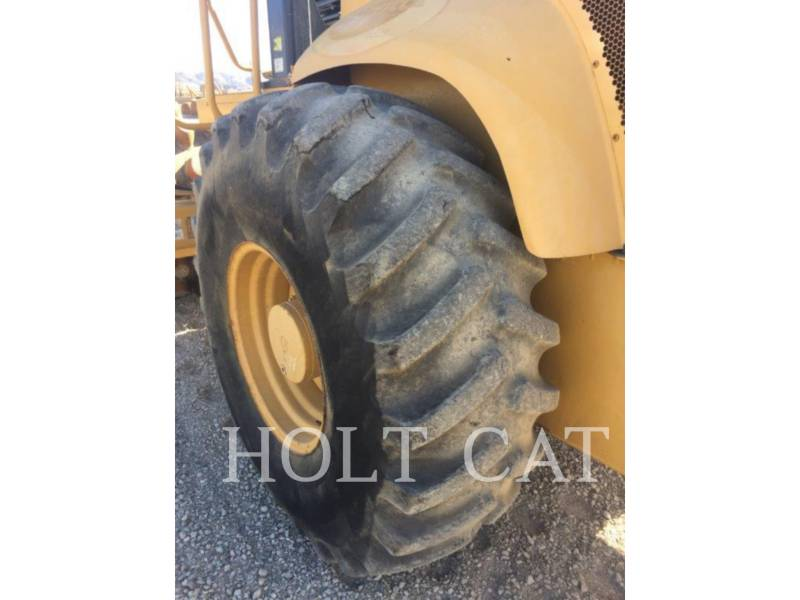 CATERPILLAR VIBRATORY SINGLE DRUM PAD CP563E equipment  photo 6