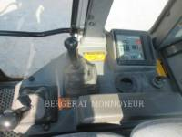 FIAT ALLIS / NEW HOLLAND TRACK LOADERS FL145 equipment  photo 12