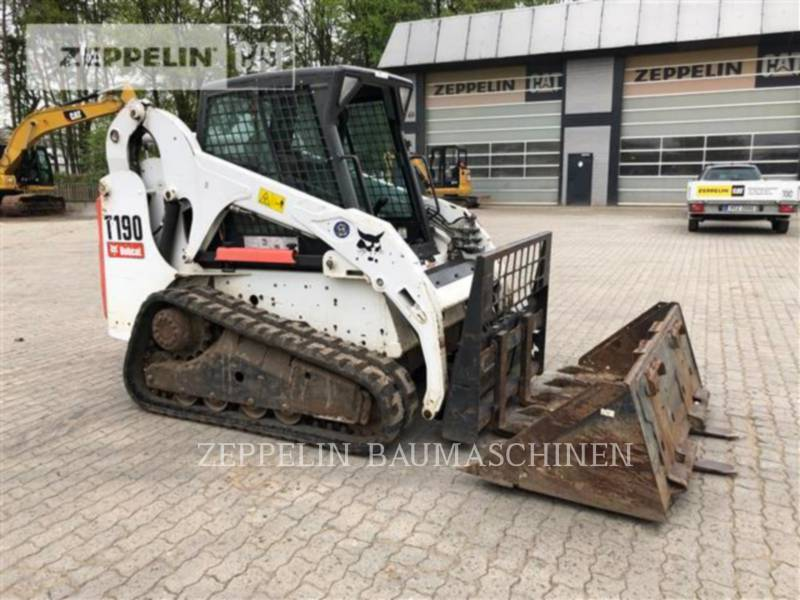BOBCAT KOMPAKTLADER T190 equipment  photo 1