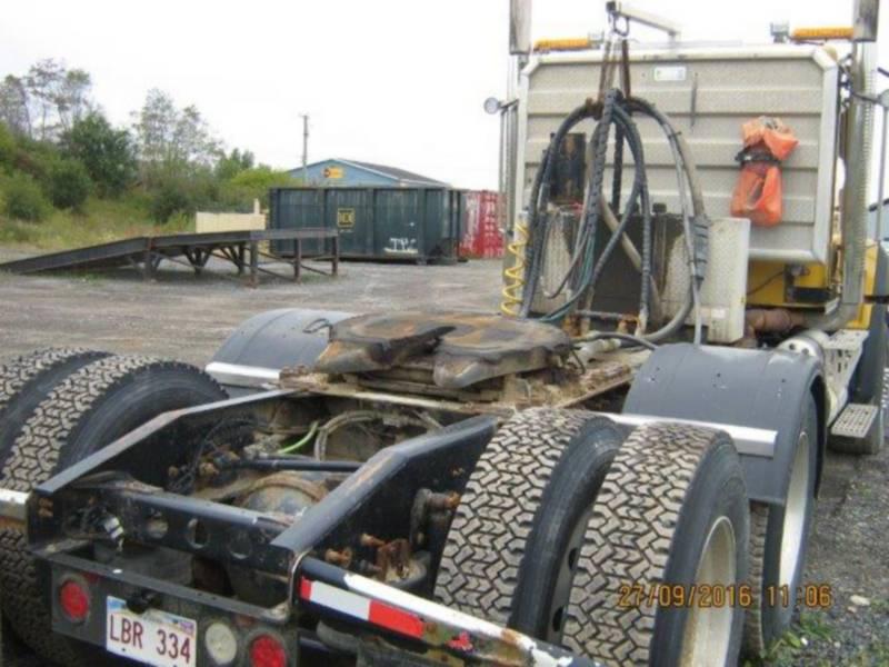 CATERPILLAR ON HIGHWAY TRUCKS CT660 equipment  photo 8
