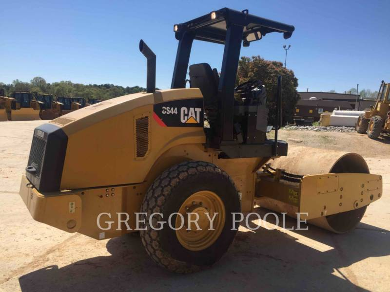 CATERPILLAR COMPACTADORES DE SUELOS CS-44 equipment  photo 4