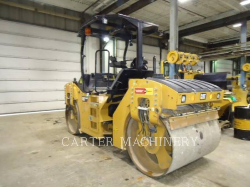 CATERPILLAR TANDEMVIBRATIONSWALZE, ASPHALT CB44B equipment  photo 6
