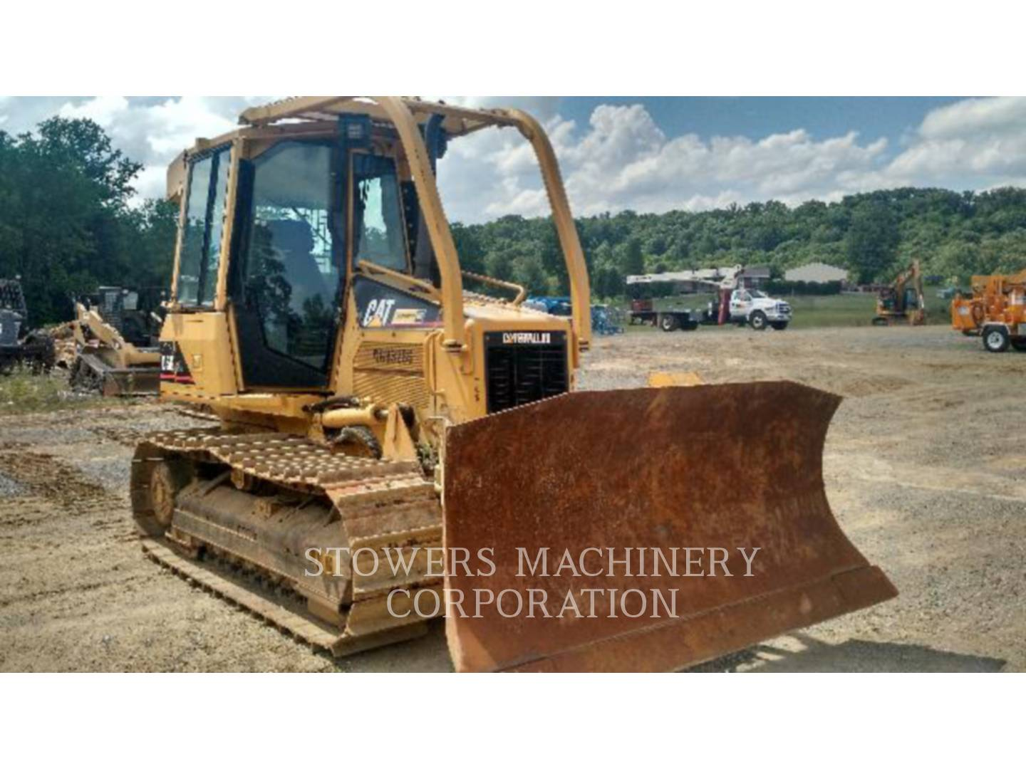 Detail photo of 2006 Caterpillar D5G XL from Construction Equipment Guide