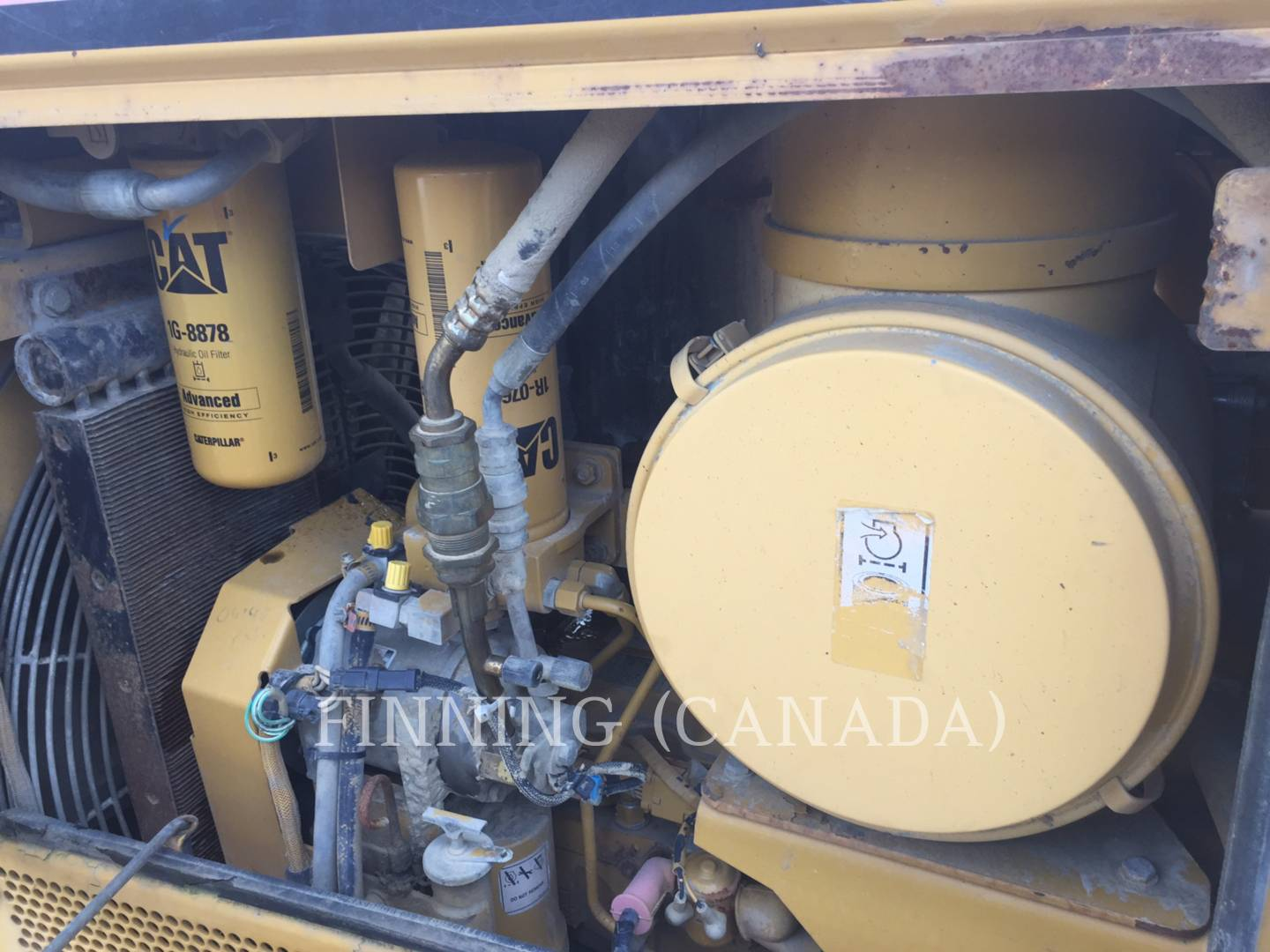 Detail photo of 2006 Caterpillar D6N XL from Construction Equipment Guide