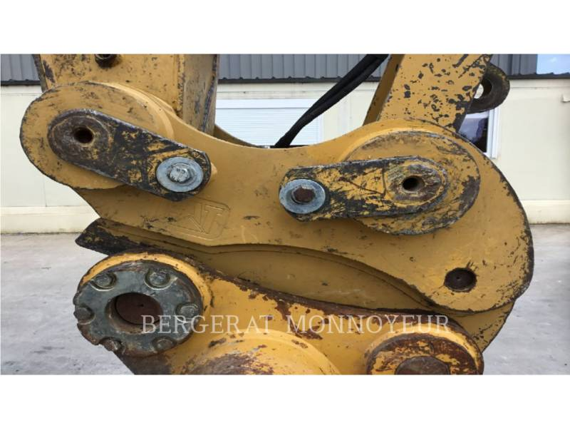 CATERPILLAR TRACK EXCAVATORS 324EL equipment  photo 9