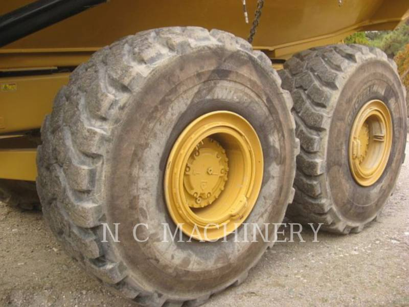 CATERPILLAR TOMBEREAUX ARTICULÉS 740B equipment  photo 8