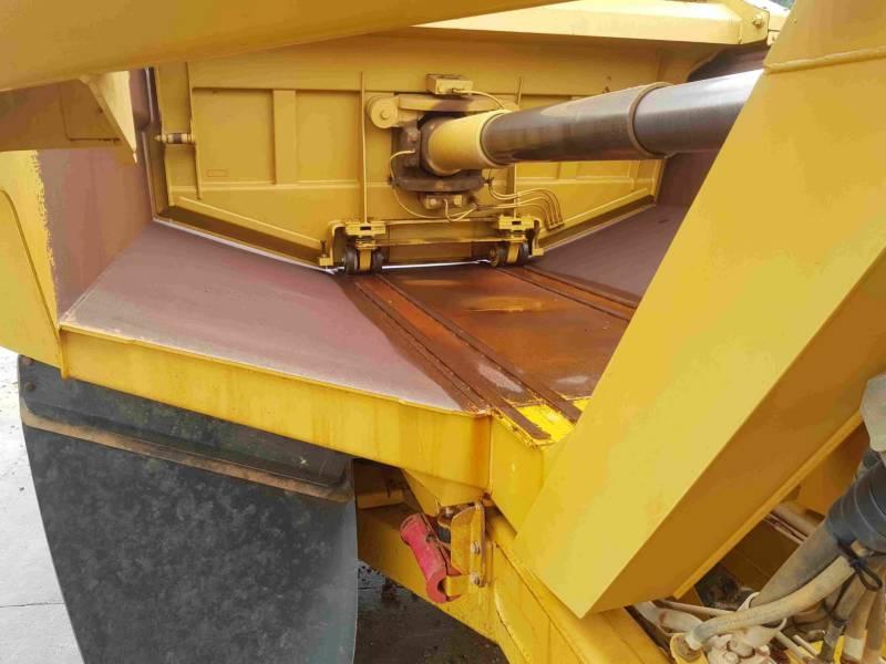 CATERPILLAR ARTICULATED TRUCKS 740EJ equipment  photo 17