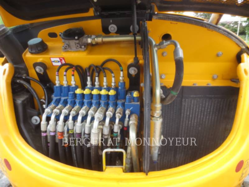 JCB PELLES SUR CHAINES 8045 equipment  photo 6