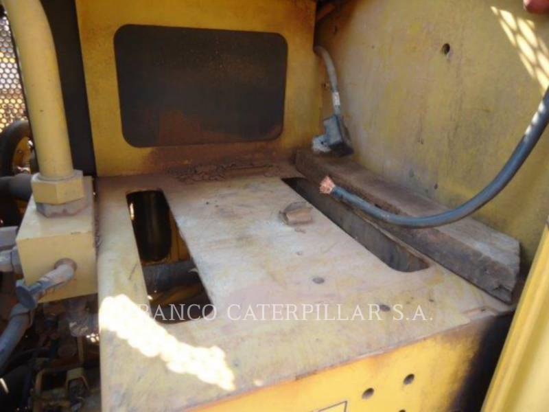 CATERPILLAR NIVELEUSES 12M equipment  photo 8