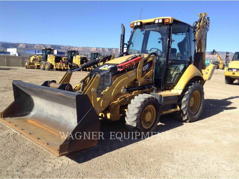 CATERPILLAR CHARGEUSES-PELLETEUSES 420F IT4WE equipment  photo 1