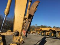 CATERPILLAR TRACK EXCAVATORS 318C equipment  photo 8