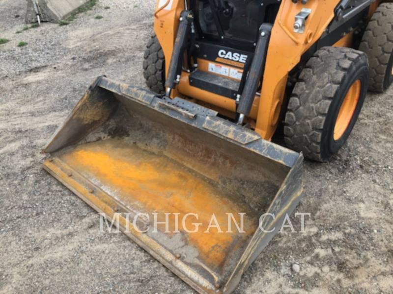 CASE KOMPAKTLADER SV280 equipment  photo 19