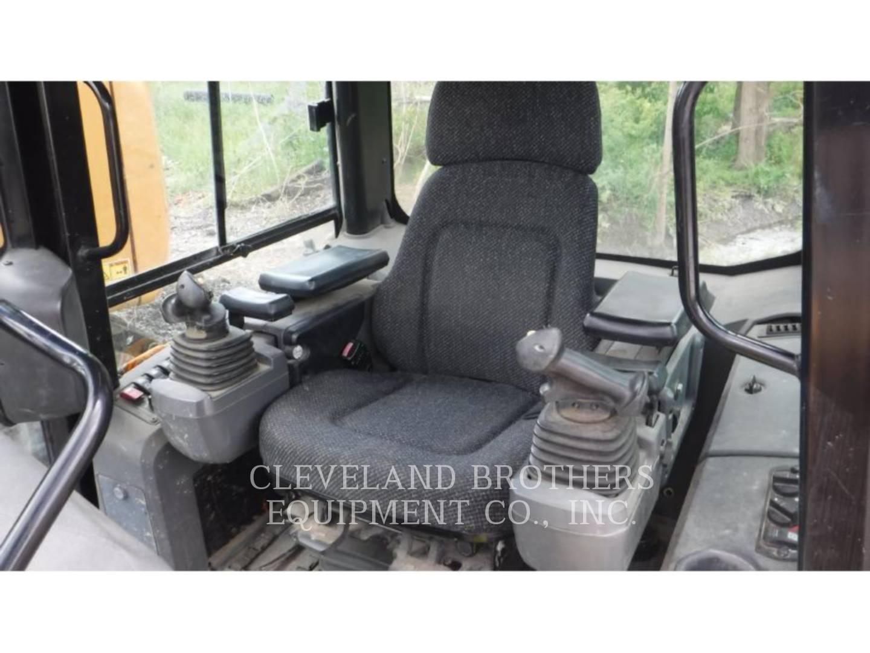 Detail photo of 2009 Caterpillar D5K XL from Construction Equipment Guide
