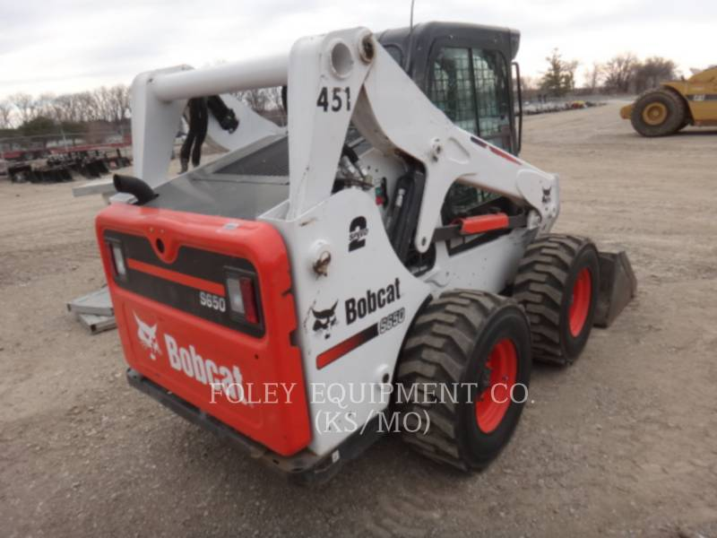 BOBCAT KOMPAKTLADER S650 equipment  photo 4