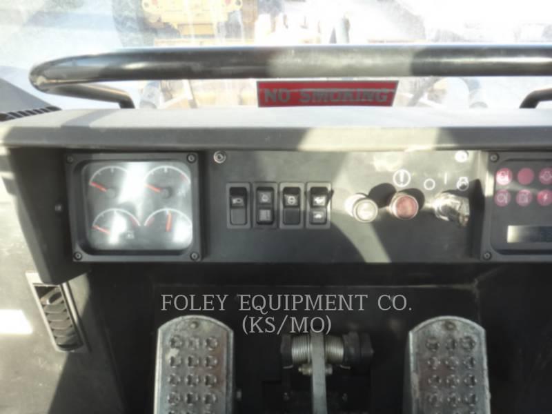 CATERPILLAR KETTENLADER 953C equipment  photo 15