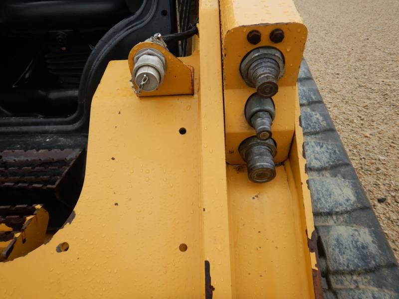CATERPILLAR CHARGEURS TOUT TERRAIN 289 D equipment  photo 22