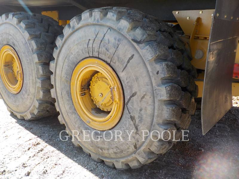 Caterpillar CAMIOANE ARTICULATE 740B equipment  photo 22