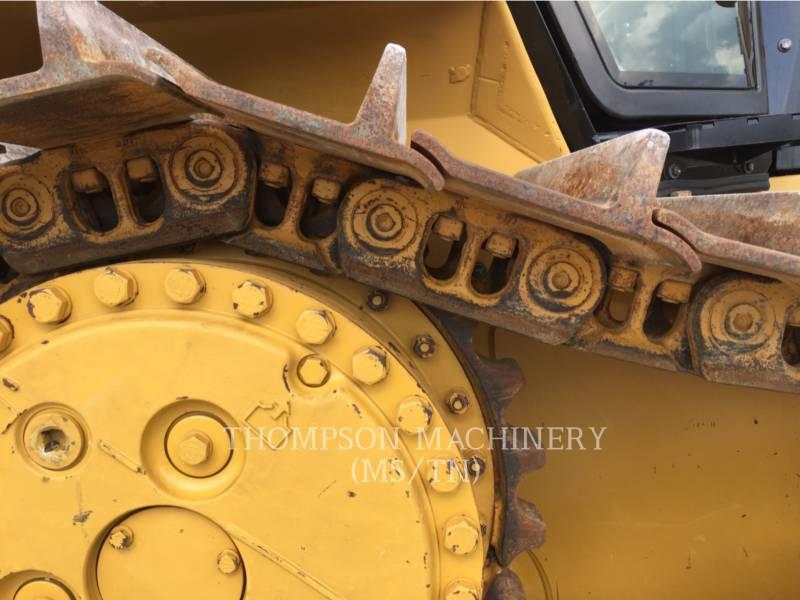 CATERPILLAR TRACK TYPE TRACTORS D6NXL equipment  photo 9