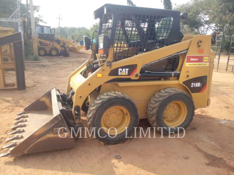 CATERPILLAR PALE COMPATTE SKID STEER 216B3LRC equipment  photo 4
