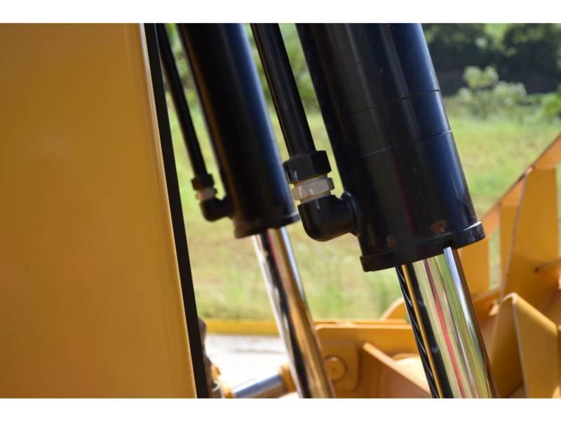 CATERPILLAR TRACTEURS SUR CHAINES D 8 T equipment  photo 12