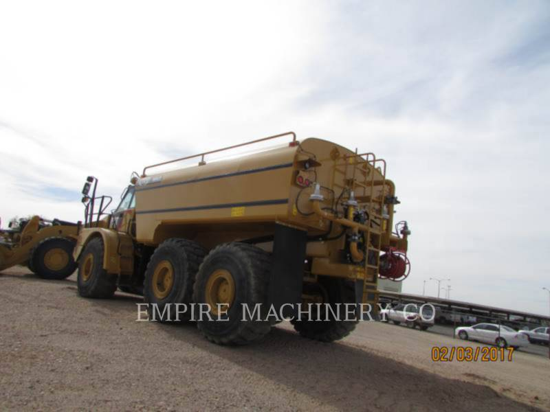 CATERPILLAR CAMIONS CITERNE A EAU 740B WT equipment  photo 2