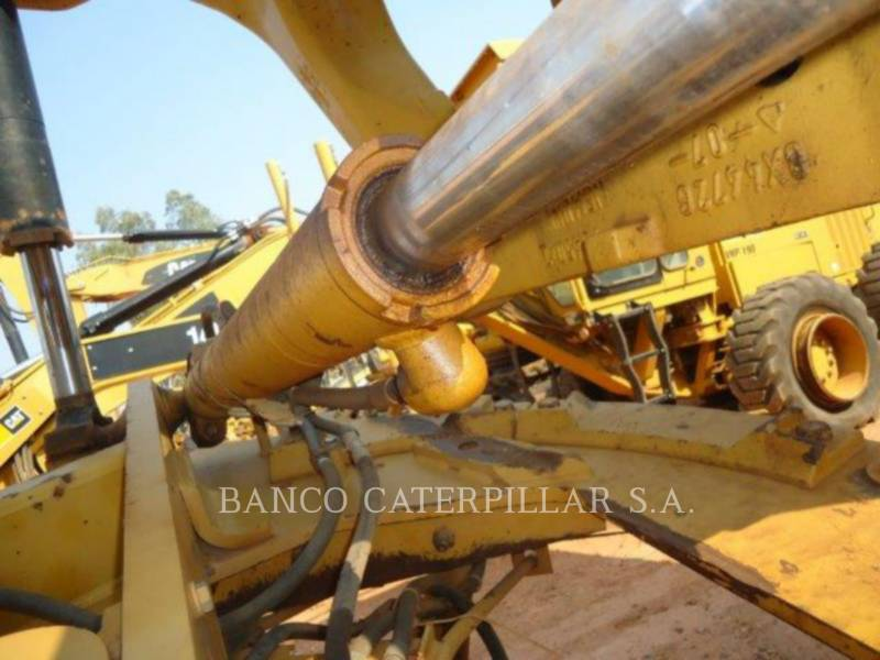 CATERPILLAR NIVELEUSES 12M equipment  photo 16