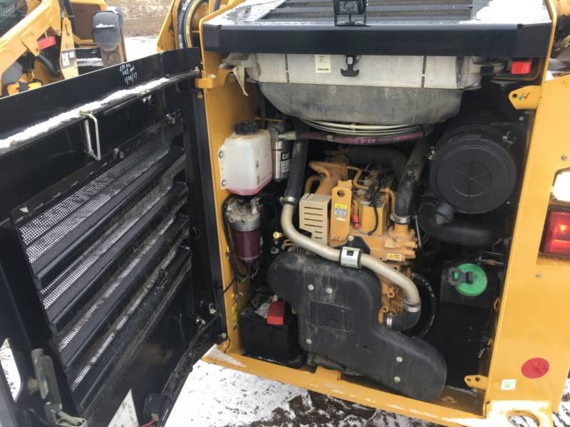 CATERPILLAR KOMPAKTLADER 236D equipment  photo 14