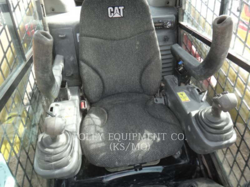 CATERPILLAR CHARGEURS COMPACTS RIGIDES 246DSTD1CA equipment  photo 8