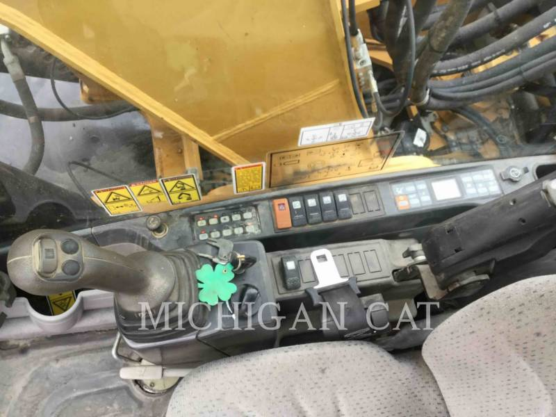 CATERPILLAR WHEEL EXCAVATORS M322D equipment  photo 8