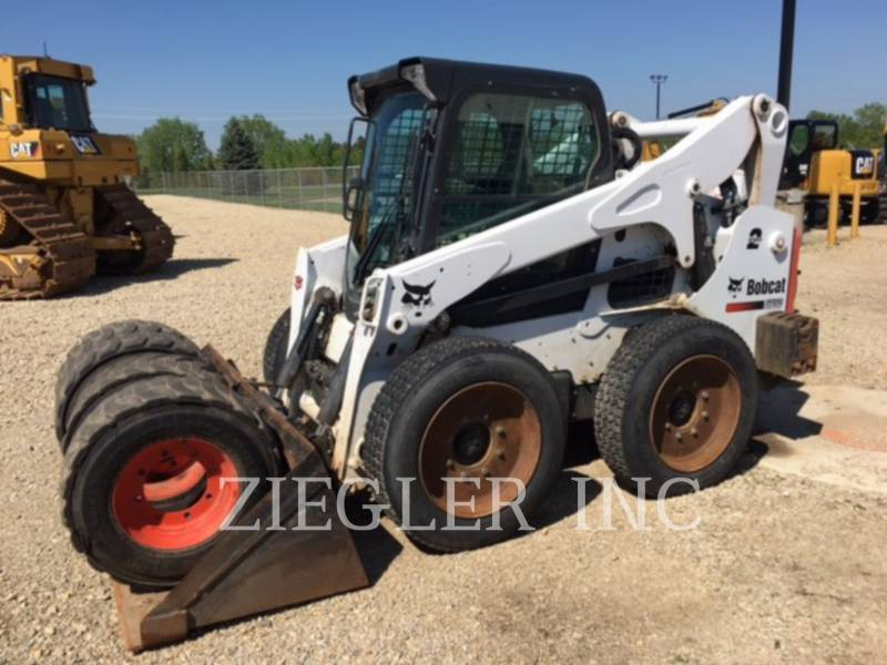 BOBCAT SKID STEER LOADERS S750 equipment  photo 1
