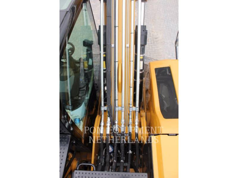 CATERPILLAR EXCAVADORAS DE RUEDAS MH3022 equipment  photo 14