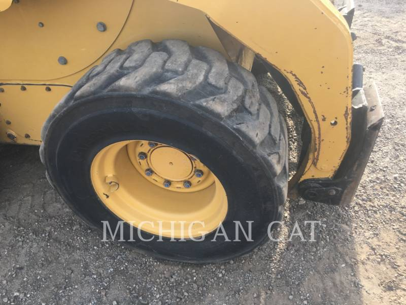 CATERPILLAR SKID STEER LOADERS 252B3 C2Q equipment  photo 9