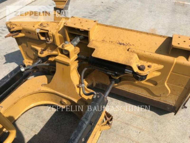 CATERPILLAR TRACTEURS SUR CHAINES D6NXL equipment  photo 12