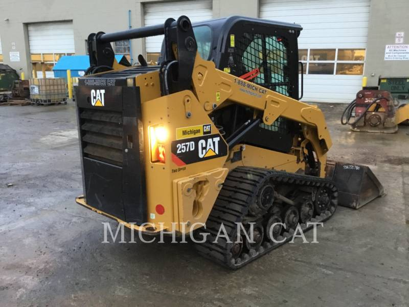 CATERPILLAR CHARGEURS TOUT TERRAIN 257D A2Q equipment  photo 3