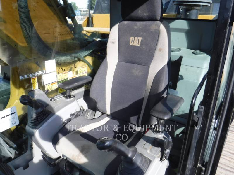 CATERPILLAR TRACK EXCAVATORS 349EL equipment  photo 13