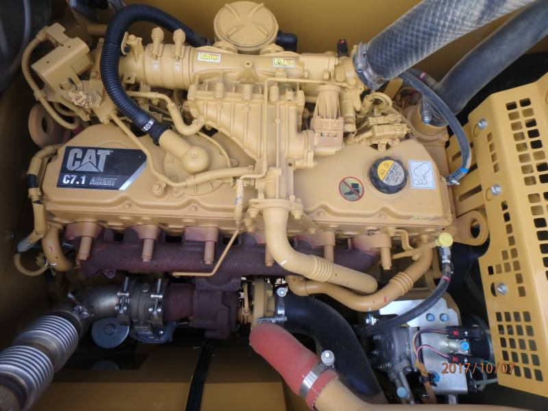 CATERPILLAR EXCAVADORAS DE CADENAS 323FL equipment  photo 18