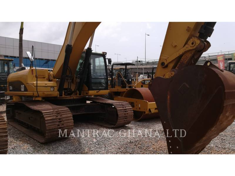 CATERPILLAR TRACK EXCAVATORS 330 D L equipment  photo 3