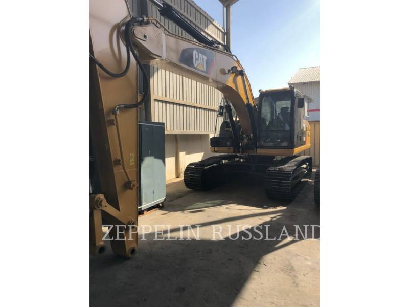 CATERPILLAR TRACK EXCAVATORS 320D2L equipment  photo 11