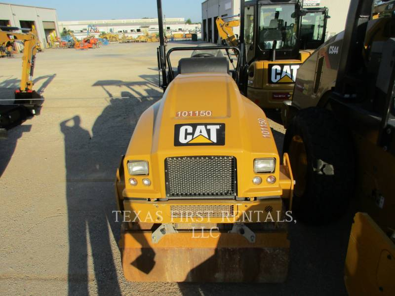 CATERPILLAR ROLO COMPACTADOR DE ASFALTO DUPLO TANDEM CB 24 B equipment  photo 1