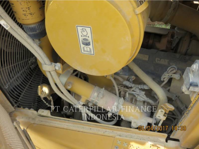 CATERPILLAR TRACTEURS SUR CHAINES D6R equipment  photo 12